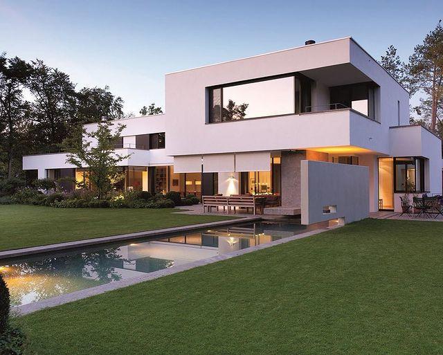 Дом в стиле Баухаус